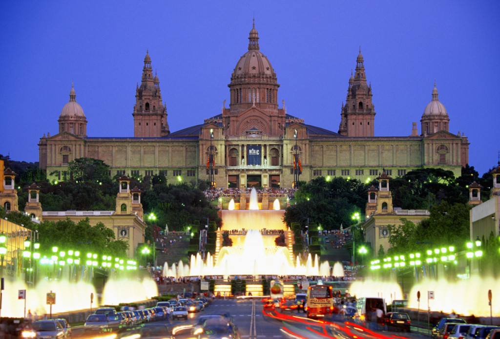 The National Palace Magic Fountain on Plaza de Espaynya,  Barcelona, Spain